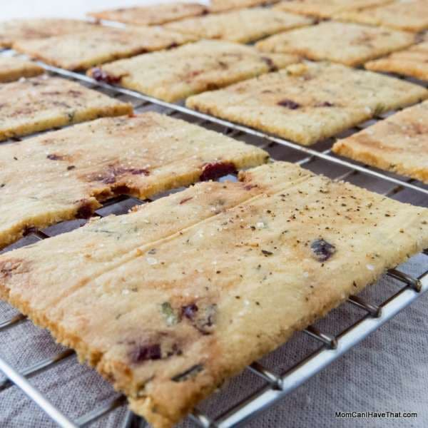 Rosemary Raisin Crackers | just 4 ingredients | LC GF DF Paleo | http://lowcarbmaven.com