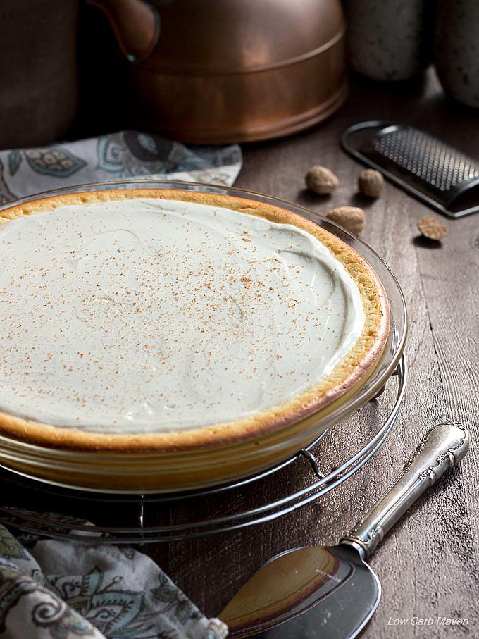 Nana's Cheese Pie (crustless cheesecake) Easy cream cheese pie recipe made in a pie plate. #lowcarb #keto #sugarfree #cheesecake #cheesepie #crustless #easycheesecake