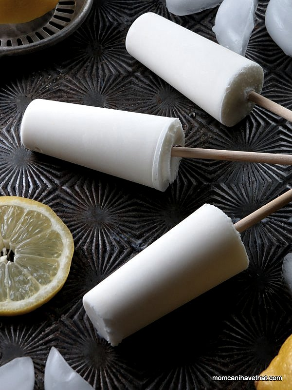 Lemon Buttermilk Popsicles: a delicately flavored, perfect for Summer treat and only 1 net carb and 60 calories each! | Low Carb, Gluten-free, Keto | lowcarbmaven.com