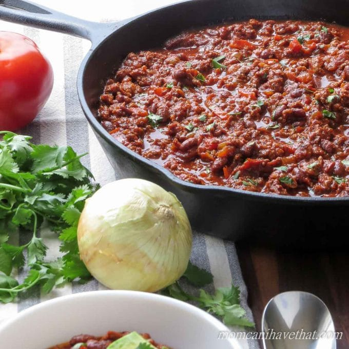 Chorizo Skillet Chili is easy to make and extra delicious in 30 minutes! #lowcarb #keto #chili #chorizo #nobeans
