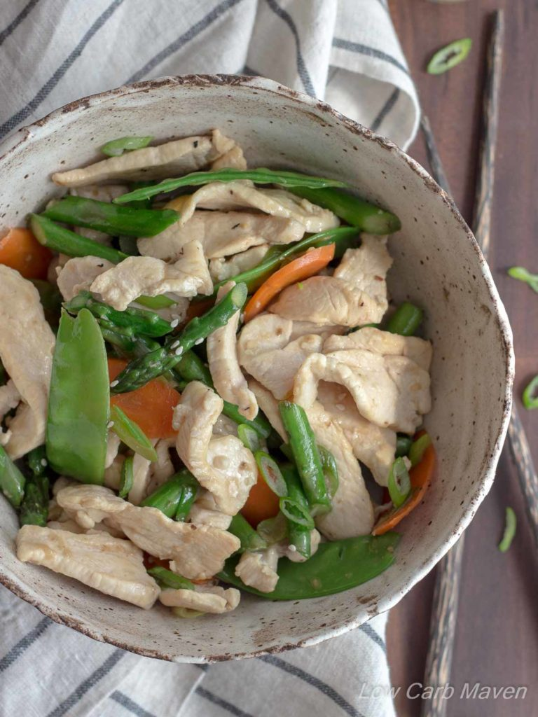 Chicken Asparagus Stir Fry flavored with garlic and ginger. #chicken #asparagus #snowpea #stirfry #healthy #lowcarb #keto