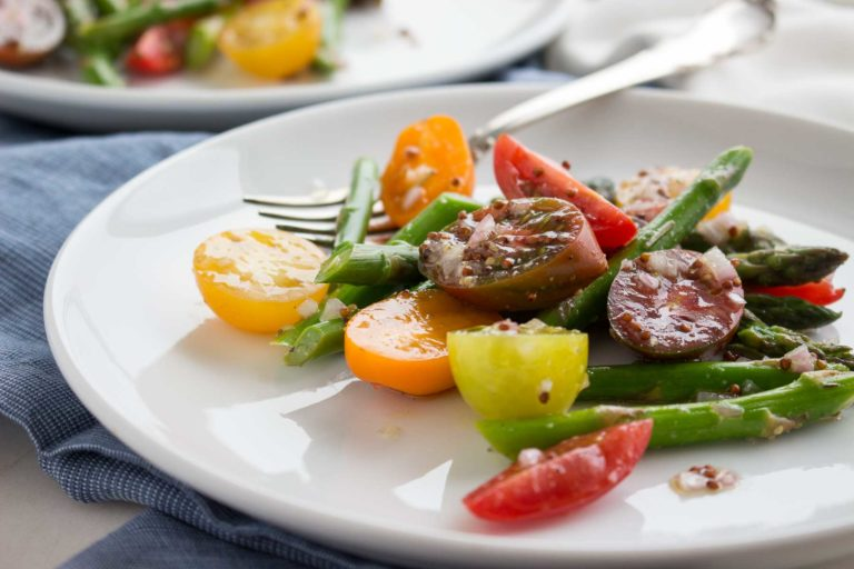 Baby Heirloom Tomato and Asparagus Salad - Fresh, fast & easy! | low carb, gluten-free, paleo, whole 30