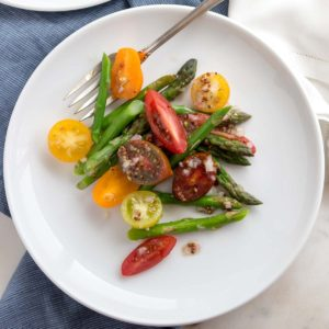 Baby Heirloom and Asparagus Salad - Fresh, fast & easy! | low carb, gluten-free, paleo, whole 30