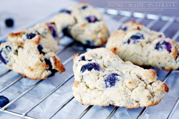 Blueberries and Cream Scones - Homemade Interest