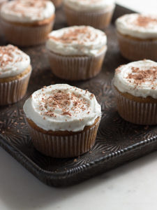 Low Carb Vanilla latte cupcakes with whipped cream frosting: lchf keto dessert