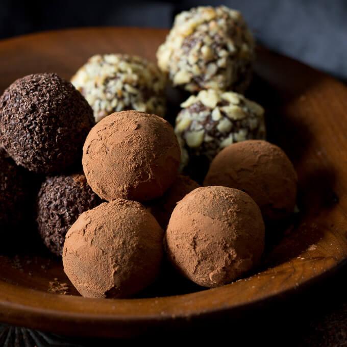 Sugar Free Chocolate Truffles (low carb, keto) | Low Carb ...