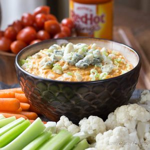 Low Carb Buffalo Chicken Dip (Keto)