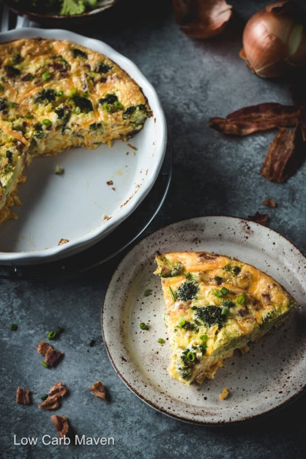 An easy crustless broccoli quiche with cheddar cheese and bacon makes a delicious breakfast or lunch. #quiche #lowcarb #keto
