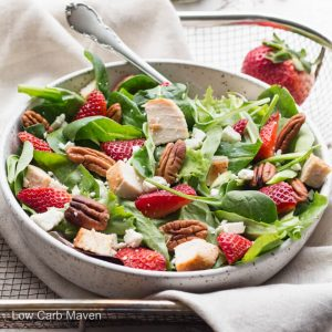 Summer Spinach Strawberry Pecan Salad