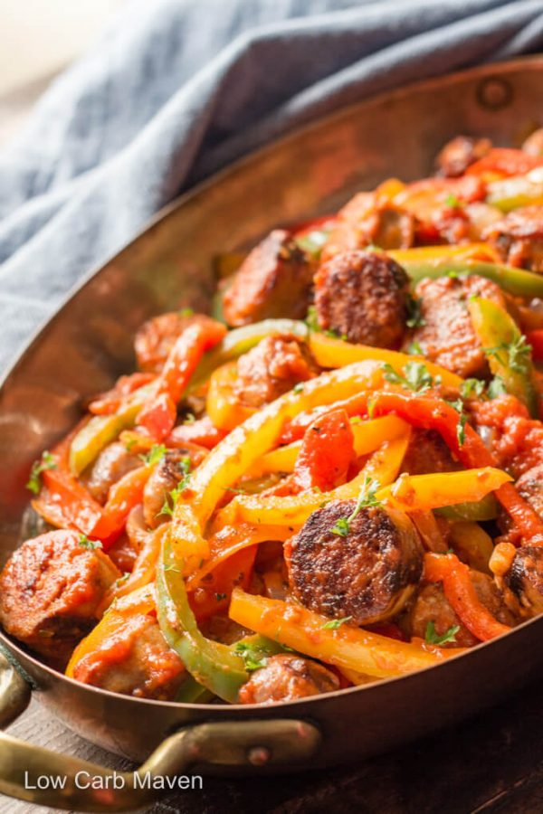 Italian sausage, peppers and onions with Sauce #lowcarb #keto #italiansausage #italiansausagerecipes #italiansausageandpeppers #lowcarbdinner #skilletmeals
