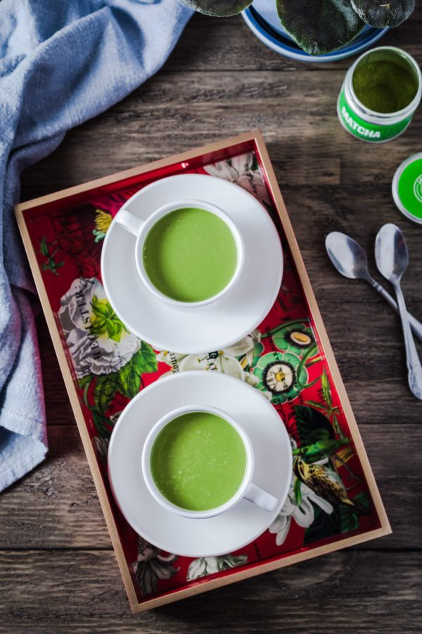 Bulletproof Matcha Latte is a creamy keto drink perfect for morning intermittent fasting!