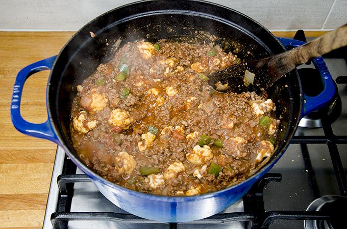 keto chili with cauliflower